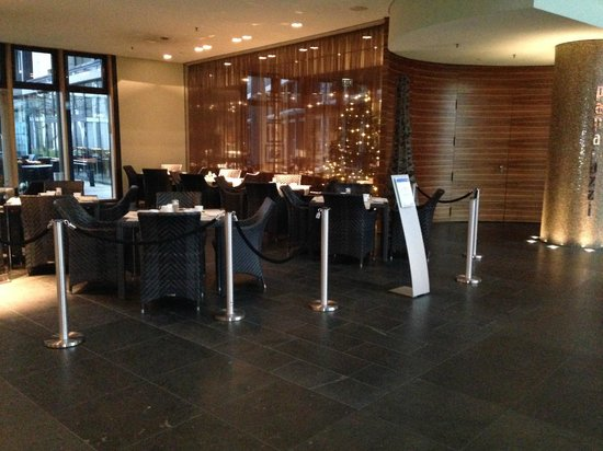 Radisson Blu Hotel Cologne : Reception