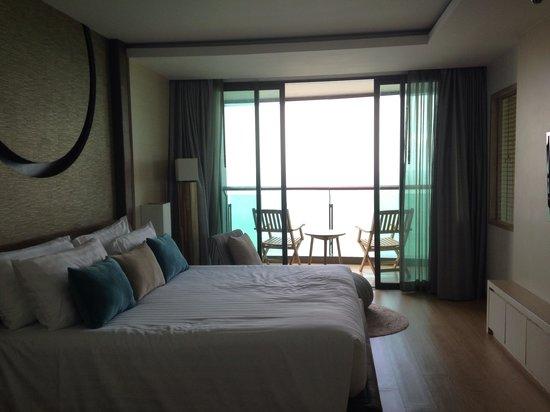 Cape Dara Resort: Dara deluex room facing the beach