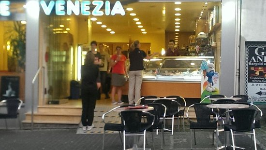 Eiscafe Venezia brilon