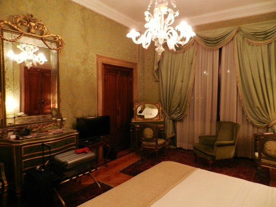 Hotel Danieli, A Luxury Collection Hotel: Camera palazzo Dandolo