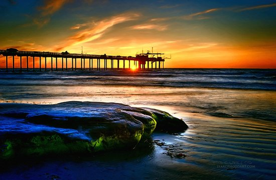 La Jolla Shores Hotel: Just a short walk from the hotel at sunset