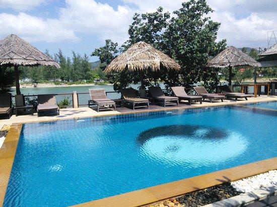 Loyfa Natural Resort: Piscine