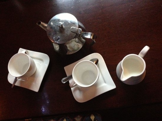 Foley's Townhouse and Restaurant: Tea at the pub.