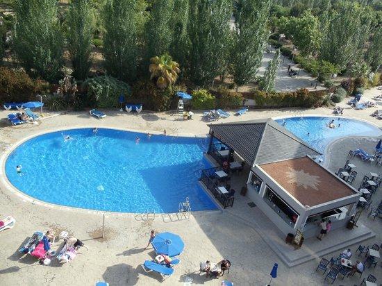 La piscine vu d 39 en haut picture of sol costa daurada for La piscine review