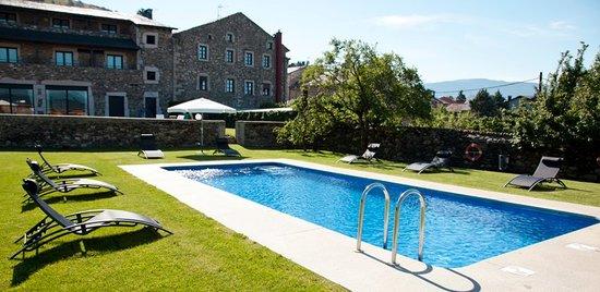 Hotel Bernat de So : Piscina climatizada
