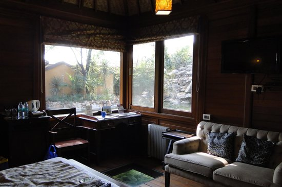 The Tree House Resort: water house