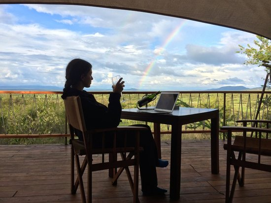 Mara Bushtops : Enjoying a glass of wine after having lunch in the tent