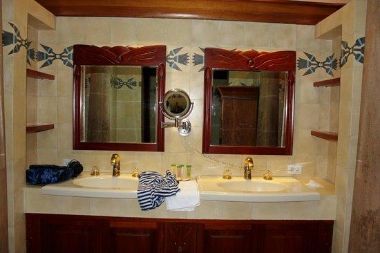 Ringle Resort Hotel & Spa : Bathroom