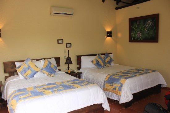 Arenal Springs Resort and Spa: HAbitación