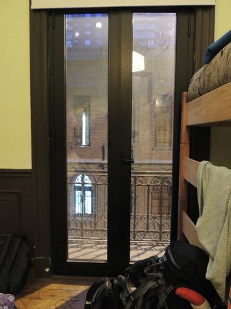 Santiago Backpackers Hostel : Vista do quarto