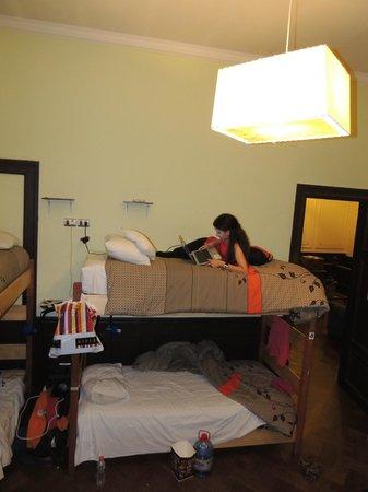 Santiago Backpackers Hostel: Camas confortáveis