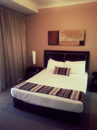 Mantra Towers of Chevron : Bedroom from 1 bedroom apartment (filtered )
