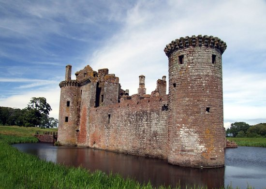 Caerlaverock Castle: You can walk around the castle and get some excellent photographs