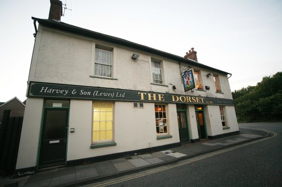 The Dorset Inn: Back of pub