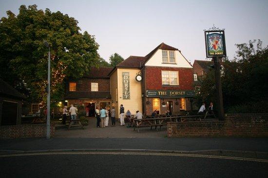 The Dorset Inn: Summer nights