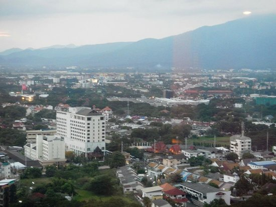 Holiday Inn Chiang Mai: View from Room (25th fl)