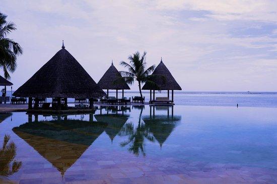 فور سيزونز ريزورت المالديف في كودا هورا: Pool
