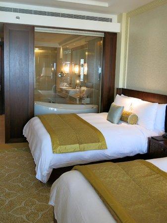 The Ritz-Carlton, Dubai : Club Room