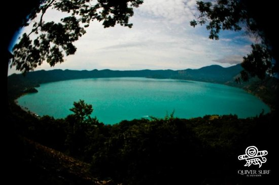 Lake Coatepeque: Lake view