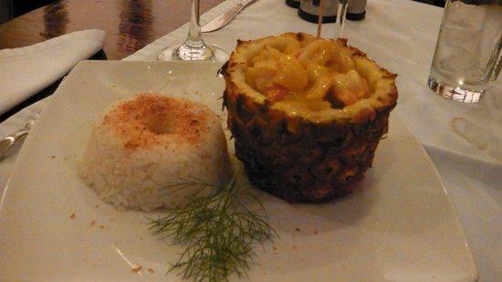A Mi Manera : Crevettes à l'Ananas et Riz Coco