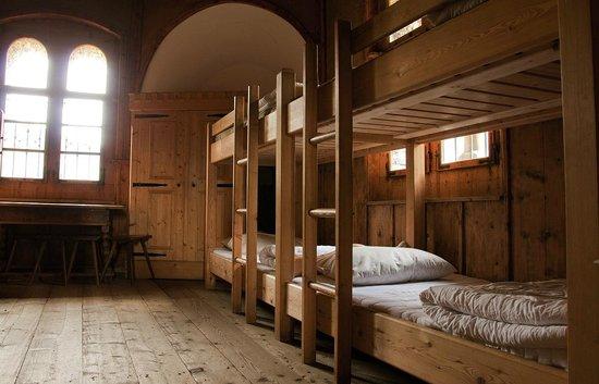 Burg Finstergrun : Schlafraum für 10 Personen