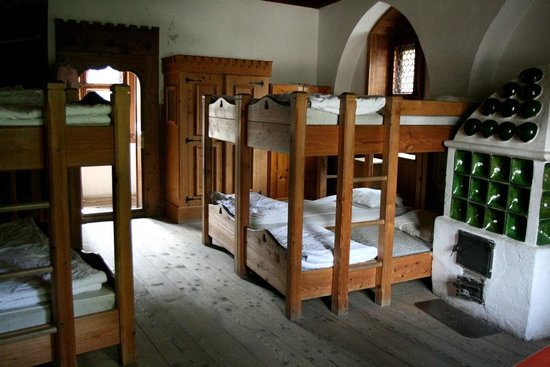 Burg Finstergrun : Schlafraum für 8 Personen