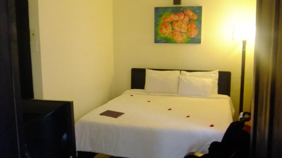 Jade Hotel: Lovely Rooms, Excellent Staff