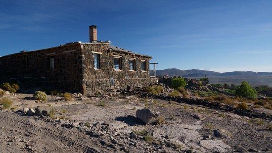 Tayka - Hotel de Piedra: VUE DE COTÉ