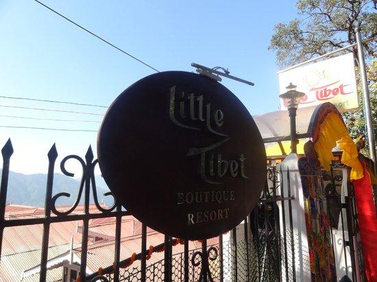 Little Tibet Resort: Entrance