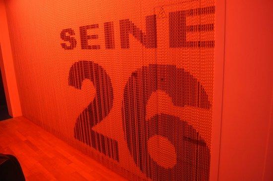 Adagio Paris Tour Eiffel : 26th Floor - Corridor