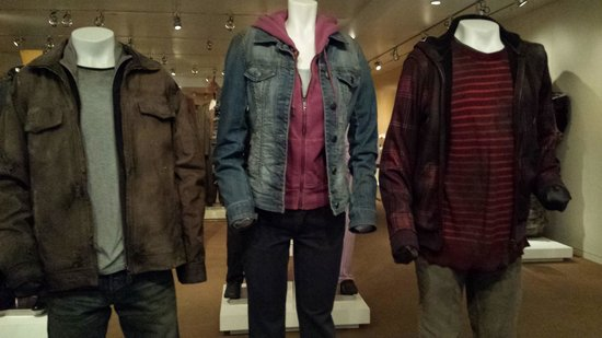 Warner Bros. Studio Tour Hollywood: Costumes from Harry Potter!