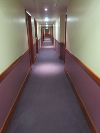 Premier Inn London City (Tower Hill) Hotel: Hallway