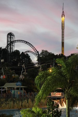 Adventure World: Sunset on Fright Nights