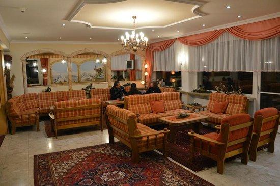 Hotel Schönegg: salotto