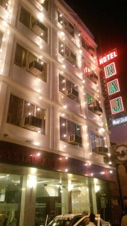 Hotel The Raj at New Delhi Railway Station: Facciata