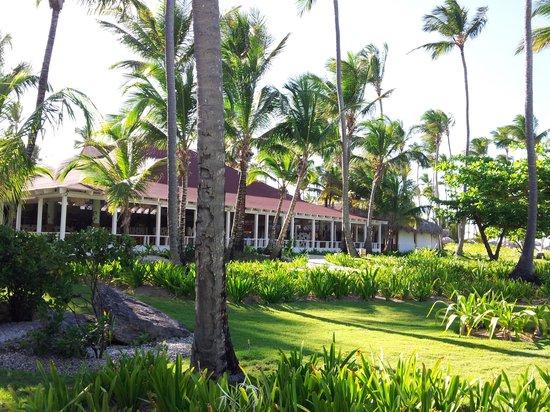 Grand Palladium Bavaro Suites Resort & Spa: Strandrestaurand El Arecive
