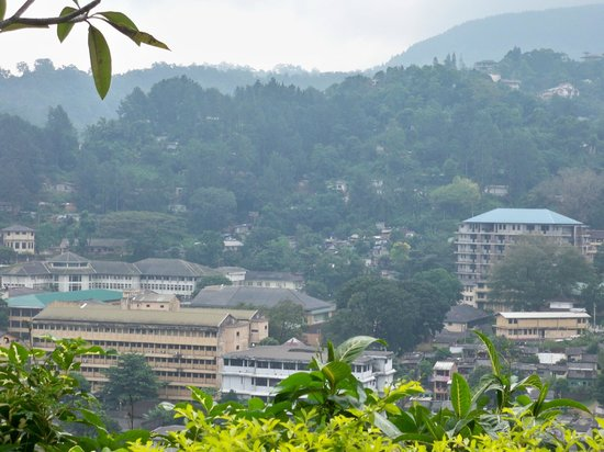 Hotel Hilltop : View of Kandy