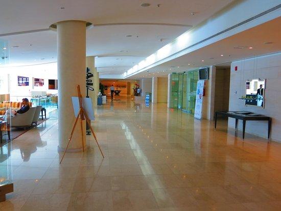 Le Meridien Lav Split: Lobby