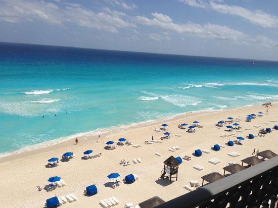 The Ritz-Carlton, Cancun: View from the beachfront suite