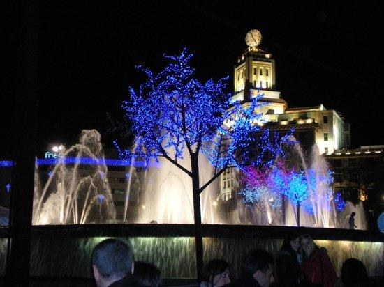 HCC Taber : Illuminazioni a Plaza de Cataluña