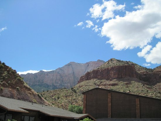 Cable Mountain Lodge : Unreal view