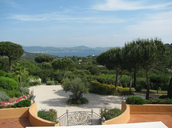 Chateau De La Messardiere: Golfe de St-Tropez from the gardens