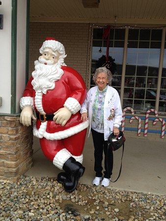 Santa Claus Christmas Store : Christmas store