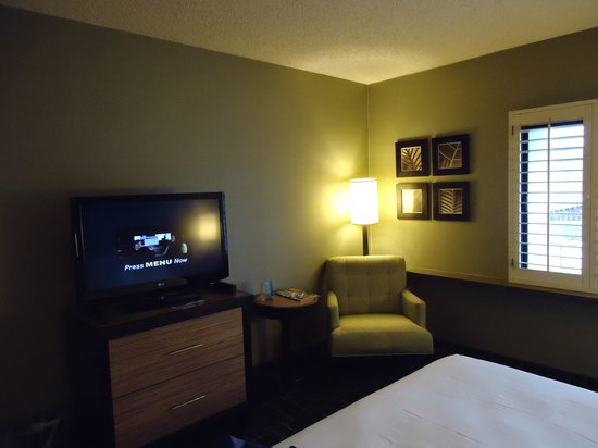 Fremont Hotel and Casino: The other side of the room