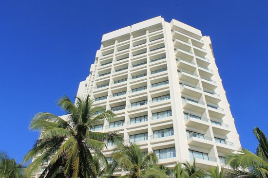Sunscape Dorado Pacifico Ixtapa: The Tower