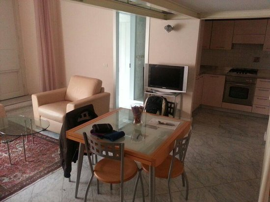 Residence Cavour : Il soggiorno