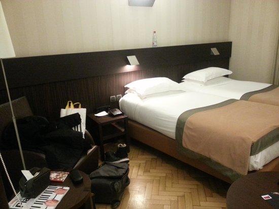 Hotel Hannong: coin salon chambre club ?! on a deja le coin!