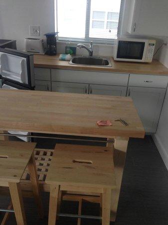 snooze : Ikeas stye kitchenette w/coffee