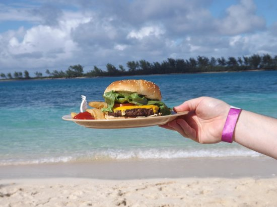 British Colonial Hilton Nassau : cheeseburger in paradise