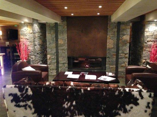 Hotel L'Arboisie: lobby